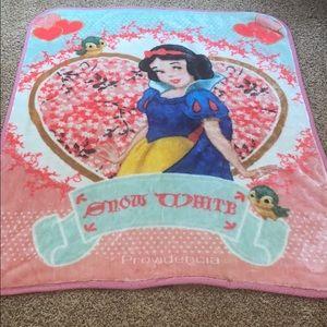 VTG Disney Snow White Blanket For Toddlers